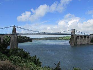 Menai Bridge 2.jpg